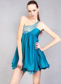 Continuando o especial Debutantes, hoje postarei idéias para quem gosta de azul. Esta é uma das minhas cores preferidas: muito suave nos tons claros e extremamente elegantes nos tons mais escuros. …