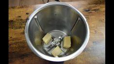 Teigschaber klein oder Spatel klein in Action!  Wo benutzt Ihr unsere #Spatel ?    #thermomix #tm6 #tm5 #tm31 #bimby #spatel #kitchenaid #kochen #cooking  #flexibel #professional #recycle #sustainable #reusable  #kitchengadgets #chemicalfree #spatula #backen Smoothie, Healthy Options, Schokolade, Simple, Koken, Smoothies