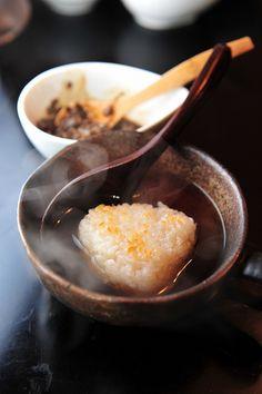 Onigiri Rice Ball with Tea おにぎり茶漬け
