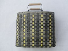 Day 848: Guest Post – Strap Basket http://www.weupcycle.com/en/tag-848-gastbeitrag-fixierbandtasche/