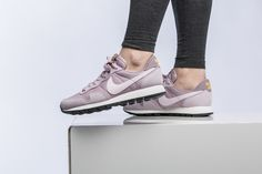 Girls, the Nike WMNS Air Pegasus 83 is available at our shop now! EU 35,5 - 42   85,-€