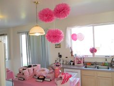 Savannah's Minnie Mouse Candy Buffet Party!