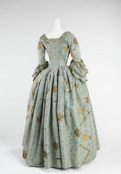 Robe à l'Anglaise, 1770-75   British   The Metropolitan Museum of Art