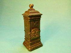 Kleiner, antiker Ofen für Puppenstube, Zinn, Originalzustand