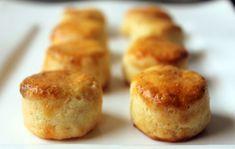 11 pufi pogácsa, amit csak úgy falni fog a család   Nosalty Cake Cookies, Baked Potato, Muffin, Baking, Breakfast, Ethnic Recipes, Food, Cooking Ideas, Morning Coffee