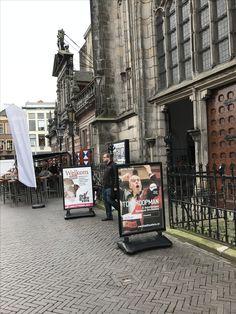 Borden buiten Grote Kerk Zwolle