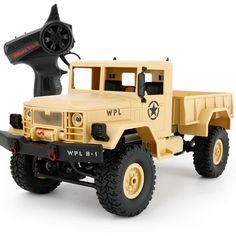 WPL-B1 1/16 Scale 2.4Ghz Military Trucks Model Vehicle Toys RC Car - 2 Colors