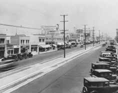 Page 1 :: View of Brand Boulevard in Glendale, ca.1930 :: California Historical Society Collection, 1860-1960. http://digitallibrary.usc.edu/cdm/ref/collection/p15799coll65/id/1362