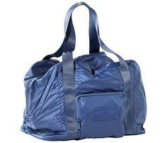 34a96589ea84 Super cute gym bags that double as a travel carry-on  SelfMagazine  Travel