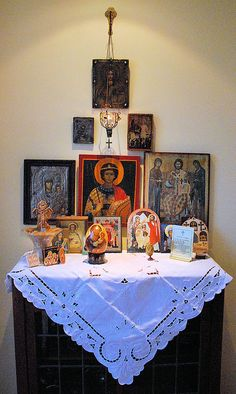 "Orthodox home altar: ""Amazing how a little corner in the house like this becomes a complete church in itself; in turn a whole cosmos filled with God's love, embracing all who approach 'in faith and love'. Religious Icons, Religious Art, Orthodox Prayers, Orthodox Christianity, Catholic Altar, Prayer Corner, Healing Light, Home Altar, Home Icon"