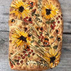 Focaccia Gardenscapes are catching everyone's eye. Bakers are calling them Focaccia Breadscapes and Gardenscape Breads—or Foccacia Bouquets—but these are the best Flower Focaccia recipes. Art Du Pain, Pan Focaccia, Focaccia Bread Recipe, Sourdough Bread, Salada Light, Recipes Using Ground Beef, Crockpot Recipes, Cooking Recipes, Healthy Recipes