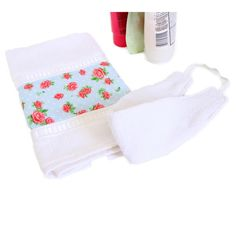 Kit limpeza facial  Toalhinha + Faixa atoalhada para cabelo.  Ideal para utilizar durante sua limpeza de pele diária, evitando que o cabelo se suje ou molhe durante a lavagem ou maquiagem.