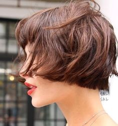 Pin on Hair Envy You might think a bowl cut is out, but that is quite untrue. They are making a huge comeback. See these super cute and trendy ideas for bowl haircuts. Good Hair Day, Great Hair, Bowl Haircuts, Bowl Cut, Short Haircut, Hair Today, Hair Dos, Bob Hairstyles, Hair Inspiration