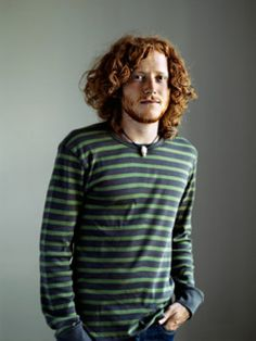 """sonsofireland.blogspot.com  """"A Blog Dedicated to Freckled, fair skinned men. Gingers, Blonds and pale skin.  Ginger men are beautiful!"""""""