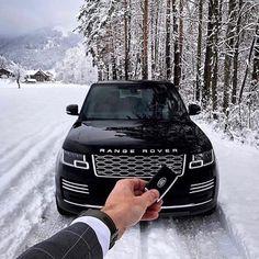 """Range Rovers in all styles >>"" Range Rover Black, Range Rover Sport, Dream Cars, My Dream Car, Range Rovers, Range Rover Vogue, Marketing Direct, Black Beast, Audi R8 V10"