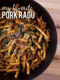 Slow Simmered Pork Ragu   www.noshon.it   #sundaysupper #pasta