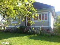 Minunata case de vanzare cu 3 in Hunedoara (judet), Zdrapti, la 40 000 €. Aceasta case de vanzare construita pe un teren de 2 000 m², are 2000  m&sup2 suprafata utila si 2 000 m² of suprafata construita. Storia 3880541 40 000, Case