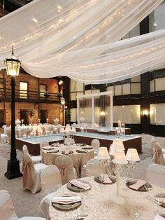 Lumber Exchange Fountain Room.  Downtown Minneapolis.  Wedding venue.