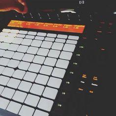 @Regrann from @hexsagon -  Some morning breakfast.... #unfinished #BEATS #WorkInProgress #bounce #south #808s #synths #rap #hexsagon #instrumentals #composer #music #rhythms #vibes #Listen #instabeats #follow #thisTHUMPS #Regrann