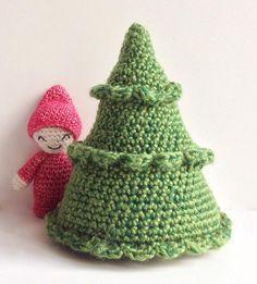 Gratis opskrift på et nemt hæklet juletræ af garnrester
