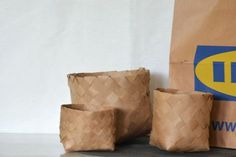 Wicker baskets of paper bag - Diagnosis: Creative , Upcycled Crafts, Diy And Crafts, Arts And Crafts, Repurposed, Diy Presents, Diy Gifts, Diy Projects To Try, Craft Projects, Diy Paper