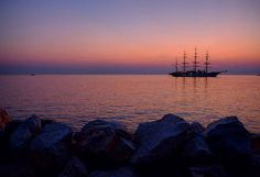 #Rovinj at #sundown. #Croatia #hvratska #ship #boat #barco #sunset #purple #seascape #fb #travel #lovecroatia