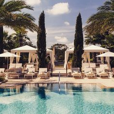 Poolside at the Four Seasons Orlando. Photo courtesy of siennacharlestravel on Instagram.