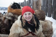 I love Fur and Ladies in Fur Norway Winter, Mountain City, Fur Babies, Winter Hats, Old Things, Horses, Marketing, Furs, Fur Coats