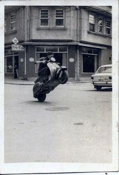 kawasaki,porsche and vespa Vespa Px, Piaggio Vespa, Scooters Vespa, Moto Scooter, Lambretta Scooter, Vintage Vespa, Vintage Bikes, Vintage Motorcycles, European Motorcycles