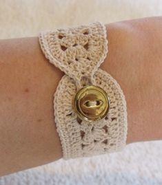 Items similar to vintage crochet bracelet inspired in ecru or beige on Etsy - - Bracelet Crochet, Crochet Earrings, Crochet Jewellery, Lace Bracelet, Crochet Gifts, Knit Crochet, Crochet Bikini, Bracelets Hippie, Wrap Bracelets