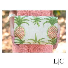 L|C • Clutch abacaxis