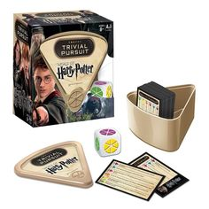 Trivial Pursuit - Harry Potter Edition Harry Potter fans test their knowledge of the beloved Harry Potter movies with Trivial Pursuit: World of Harry Potter! This quick-play Trivial Pursuit game can be played on-the-go with its portable wedge holder Harry Potter Trivial Pursuit, Harry Potter Board Game, Harry Potter Games, Hery Potter, James Potter, Harry Potter Stories, Trivia Games, Sissi, Board Games
