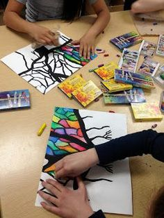 Good idea for art time with Fiona … ARTipelago: Beautiful Banyan Trees! Good idea for art time with Fiona … ARTipelago: Beautiful Banyan Trees! Middle School Art, Art School, Classe D'art, 4th Grade Art, 3rd Grade Art Lesson, Ecole Art, School Art Projects, Fun Art Projects, Pastel Art