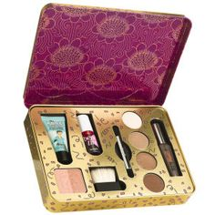 Benefit Groovy Kind-A Love Gift Set - For a friend