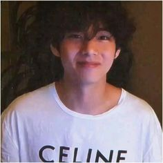 Kim Taehyung Funny, V Taehyung, Hoseok Bts, Bts Jungkook, J Hope Dance, V Video, V Bts Wallpaper, Bts Funny Videos, Bts Playlist