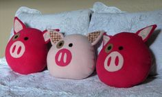 Pigling Pig Decorative Pillow, light pink Pig Pillow