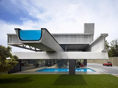 from a dramatically cantilevered body of water, to glass-bottomed roof tops, swimming poolsare often the place for architects and designers to dream up the impossible.
