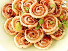 Puffed rolls appetizers salmon basil - - Informations A Healthy Appetizers, Appetizer Recipes, Healthy Snacks, Eggless Tiramisu Recipe, Tapas, Mini Croissants, Food Test, Cream Recipes, Finger Food