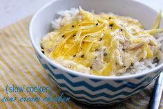 Who Wants Dinner?: {slow cooker} Sour Cream Chicken