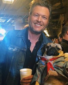 Country Singers, Country Music, Celebrity Dogs, Doug The Pug, Baby Pugs, Cute Pugs, Cute Dogs And Puppies, Pug Love, Fur Babies