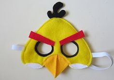 Yellow Angry Bird Mask tutorial.  Totally making this for the boys.  Need the bomb bird too.