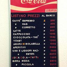 I listini prezzi dei bar fatti con le lettere mobili... :D