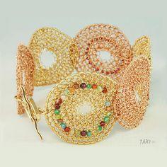 crochet_multicolor_gold_wire_bra...