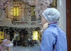Nukkekodin ihanat jouluvalot   Helsinki  Photo by Aili Alaiso Finland