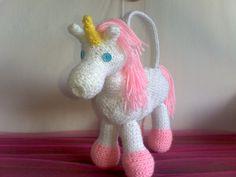 Unicorn or Horse Purse. $25.00 #unicorn #horse #purse #crochet #etsy