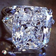 ✨✨✨Yes please, I'll take this stunning bling. Well done @icerock_diamonds Radiant 26.25ct DVS1