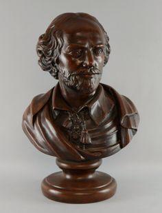 Busto de William Shakespeare de finais do sec.19th em esbelta, 51cm de altura, 21,050 EGP / 8,600 REAIS / 2,500 EUROS / 2,800 USD https://www.facebook.com/SoulCariocaAntiques https://instagram.com/soulcarioca_antiques