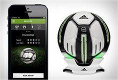 La marca adidas ha lanzado al mercado el balón de fútbol inteligente. Este será ideal para tus sesiones de entrenamiento debido a que contiene sensores que te darán datos acerca de tu golpeo de balón. Visita Linio México y encuentra lo mejor en tecnología. http://www.linio.com.mx/tecnologia/