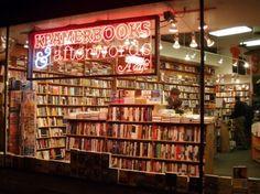 Kramerbooks & Afterwards Cafe, Washington, DC #bookstores #books #ThePurplePassport