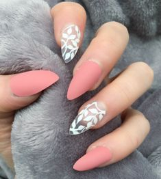 70 Eye-Catching and Fashion Acrylic Nails, Matte Nails, Glitter Nails Design You Should Try in Prom and Wedding that can help you out. We hope you like this collection. Cute Acrylic Nails, Acrylic Nail Designs, Matte Nails, Diy Nails, Glitter Nails, Nail Art Designs, Nails Design, Oval Nails, Gorgeous Nails